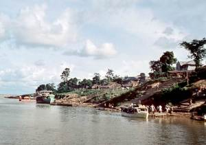 Asaba in 1960, showing the ferry